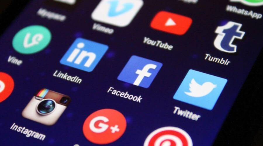 How to communicate effectively on social networks?